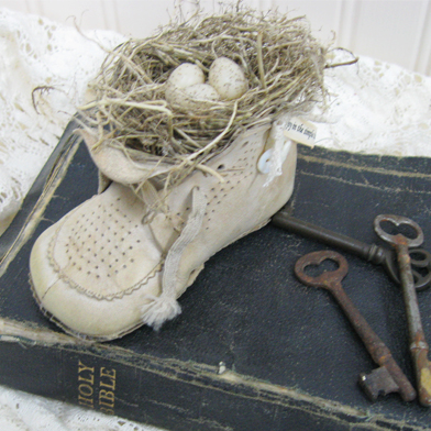 baby shoe with Bible